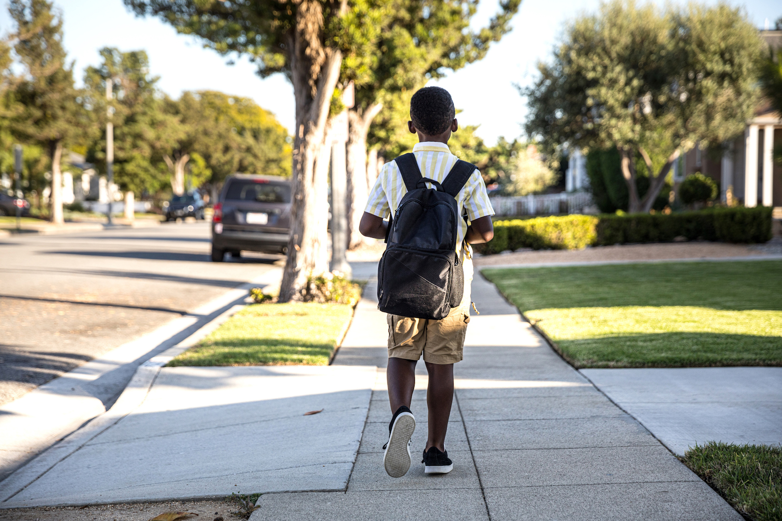 Whats the right age for kids to walk to school alone