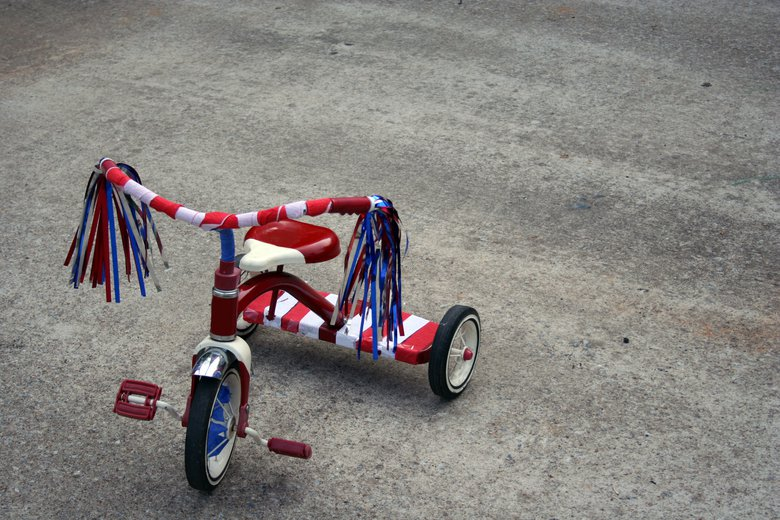 Decorate bikes and trikes (and strollers) in patriotic red, white and blue and do a kids parade or take a leisurely family ride around the neighborhood on the Fourth of July