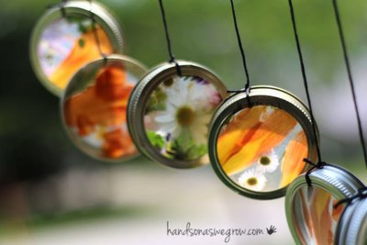 This sun catcher wind chime craft makes a cool nature craft for kids.