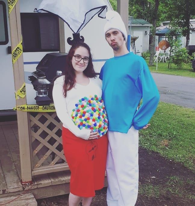 This gumball machine belly makes the perfect Halloween costume for pregnant women